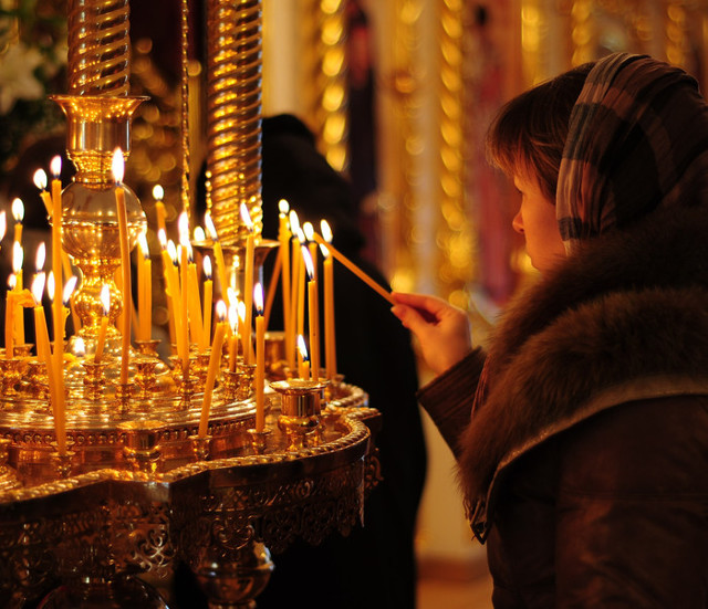 Молитва иконе Божьей Матери «Всех Скорбящих Радость»: на русском языке, в чем помогает